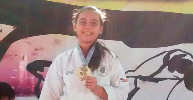 Yasmin Silva é Pentacampeã no Open Nacional de Karate