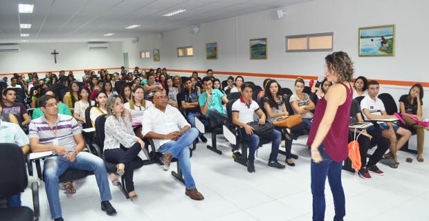 NAP promove acolhida dos alunos novatos