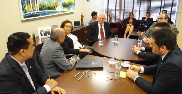 UNICATÓLICA firma convênio com Tribunal de Justiça do Ceará