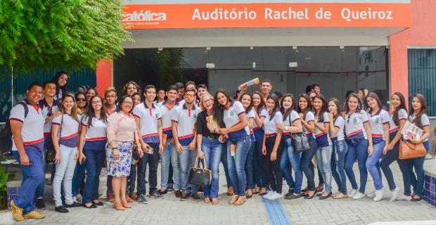 Escola de Aracoiaba/CE visita a UNICATÓLICA