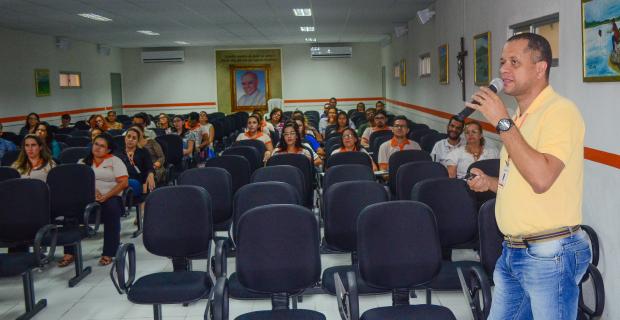 UNICATÓLICA promove treinamento de reintegração