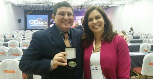 UNICATÓLICA recebe Prêmio Nacional de Gestão Educacional 2017