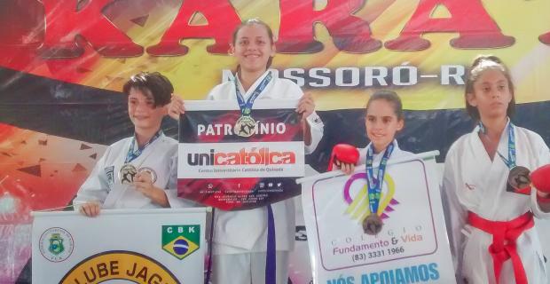 Atleta é ouro no Open Mossoró de Karate