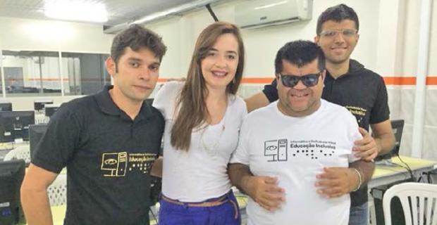 Católica de Quixadá realiza curso gratuito de informática para deficientes visuais