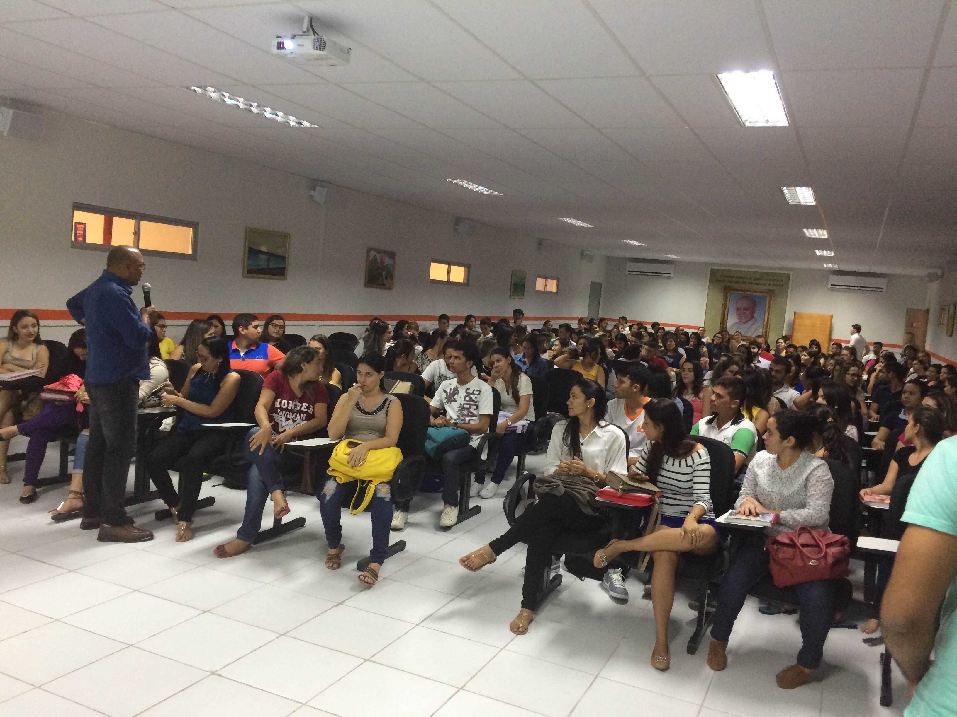 Reunião geral com discentes do Curso de Enfermagem