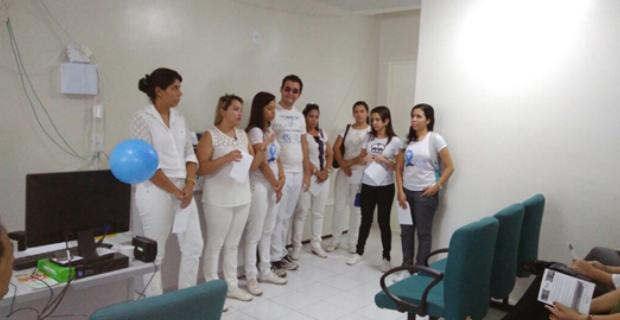 Alunos de Enfermagem realizam educação em saúde na UNICRED