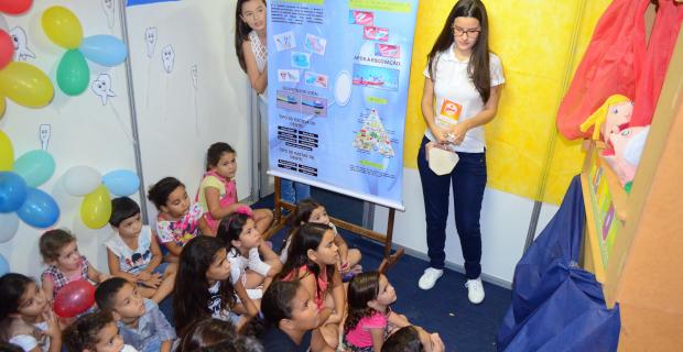 Brincadeiras educativas no Superação em Morada Nova