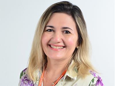 Secretária - Adriane Lopes da Silva Bacelar